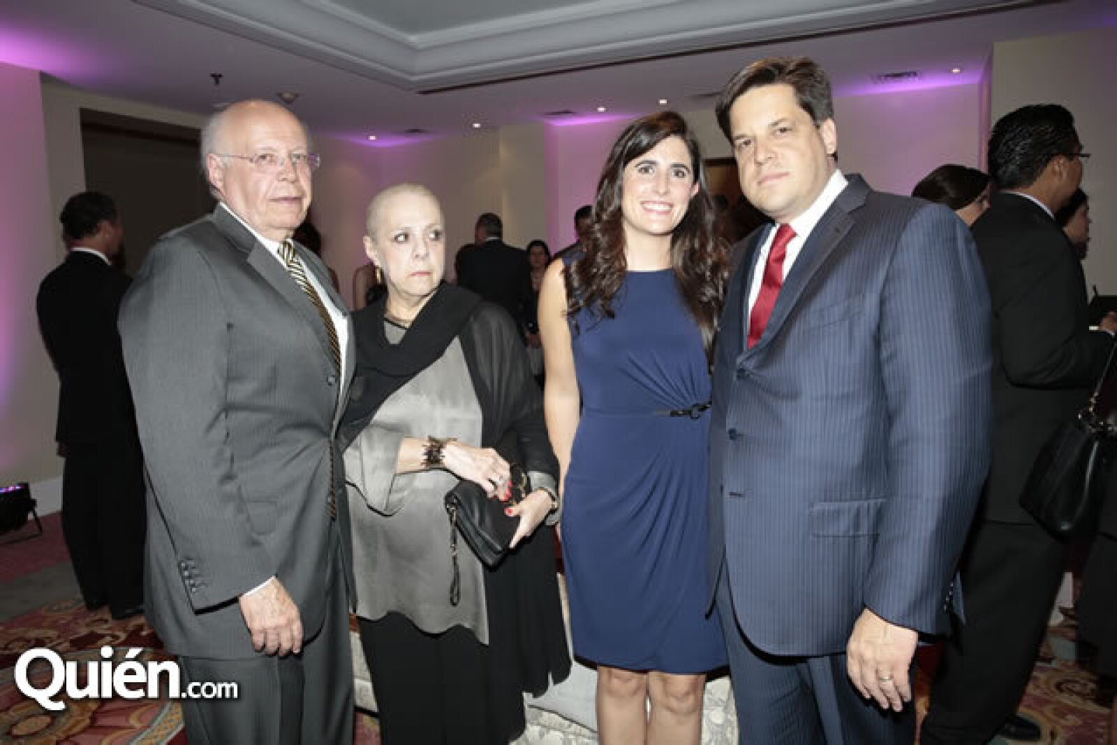 José Narro (Rector de la UNAM),María del Carmen Lobo,Tania Pinto,Alfredo Gutiérrez