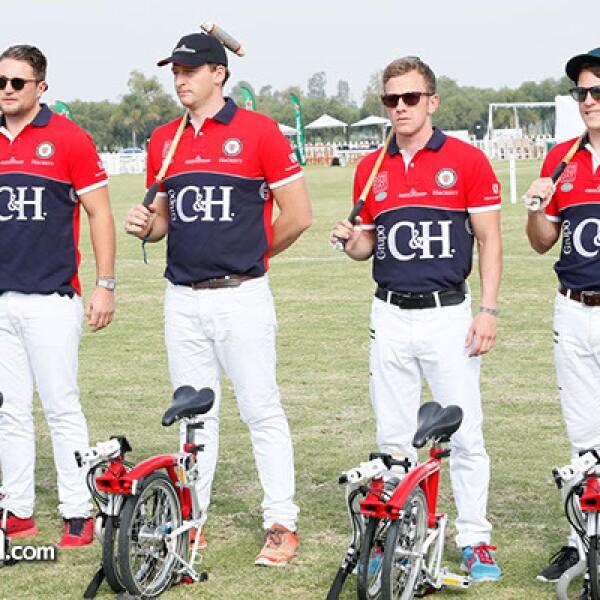 Equipo Británico de polo en bicicleta