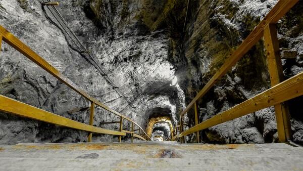 Fuera del túnel.