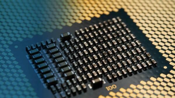 Mayor velocidad de procesamiento, sistemas más pequeños y una capacidad de enfriamiento más sofisticada son otras de las características que buscan estos equipos