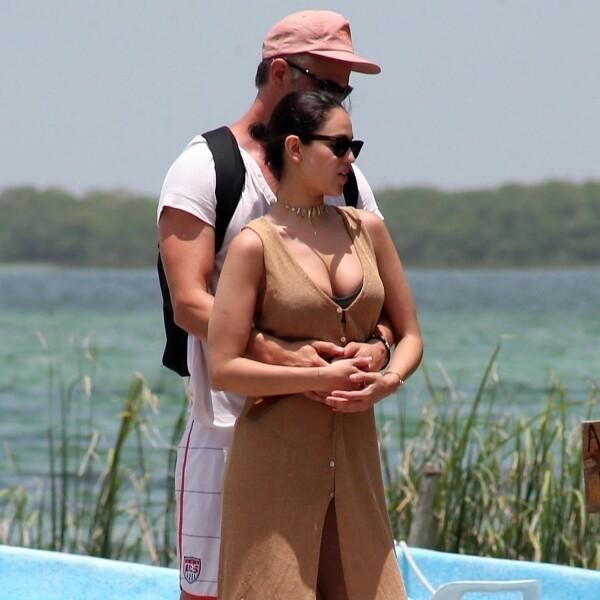 Eiza y Josh en Cancún