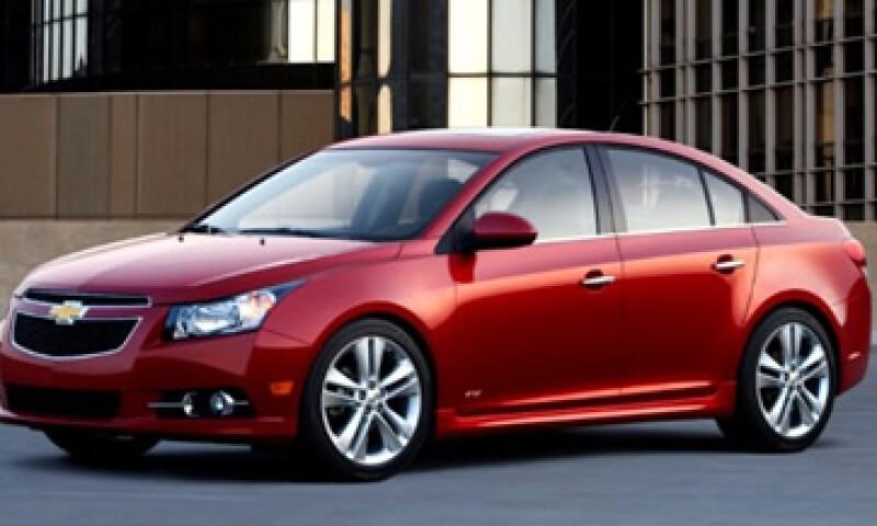 GM no especificó por qué suspendió la venta de algunos modelos en EU. (Foto: Cortesía CNNMoney)