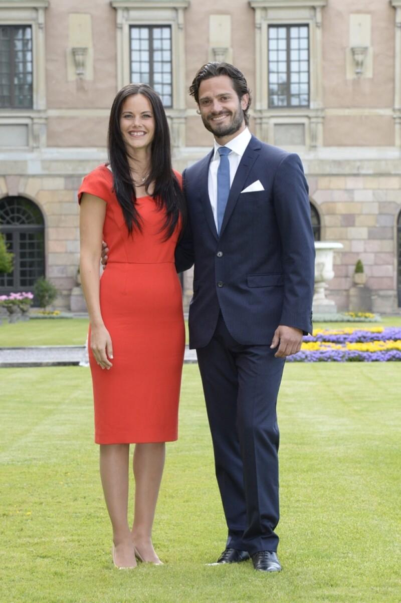 La pareja anunció hoy su compromiso. Se espera que la boda sea en verano de 2015.