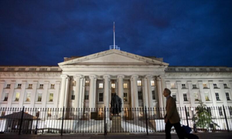 Si el Departamento del Tesoro da prioridad a los tenedores de bonos, probablemente cubriría los pagos de deuda. (Foto: Getty Images)