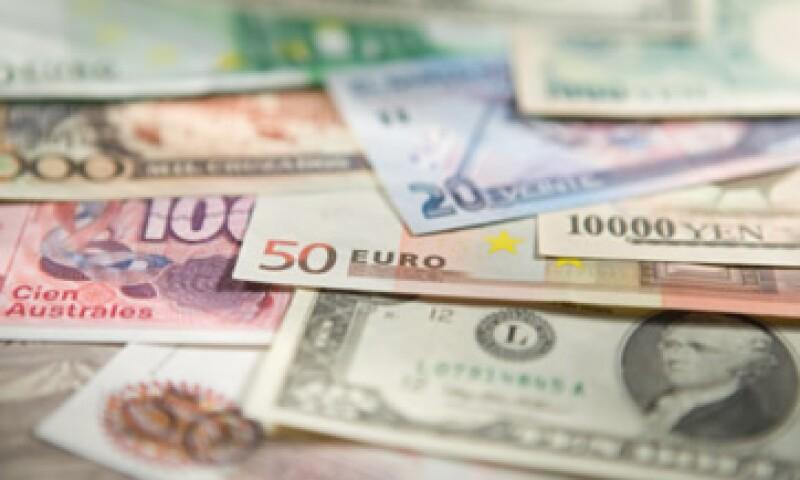 Las reservas también disminuyeron ante la compra de 25 millones de dólares del Gobierno Federal a Banxico. (Foto: Getty Images)