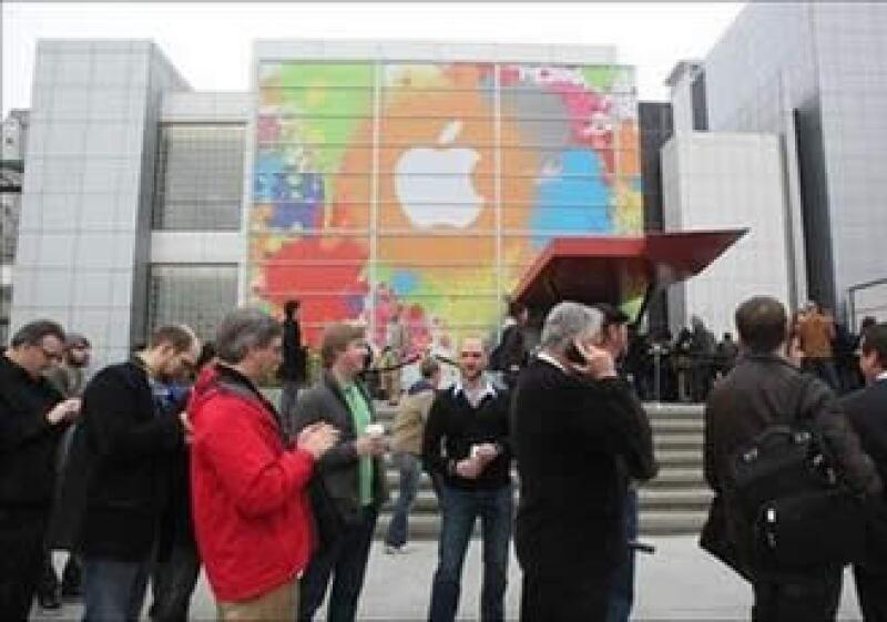 Se espera que el anuncio de la nueva Tablet PC sea dado a conocer por el CEO de Apple, Steve Jobs. (Foto: Reuters)