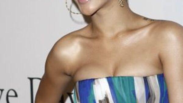 La cantante está negociando ser la protagonista de la nueva versión de la película que protagonizó Whitney Houston en los 90 al lado de Kevin Costner.