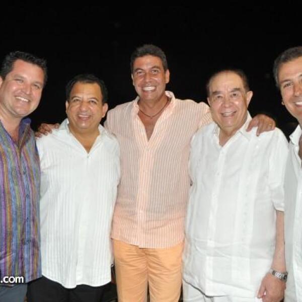 David Sanchez, el Alcalde de Acapulco, Luis Walton, Arturo Elías Ayub, Javier Pérez de Anda y Pepe Chedraui.