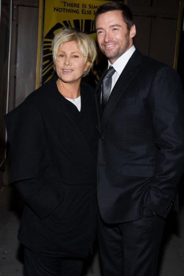 Hay quien dice que la esposa de Hugh Jackman, la actriz australiana Deborra Lee-Furness no es tan guapa como su marido...