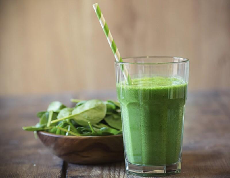 El kale y el plátano harán que empieces el día con mucha energía.