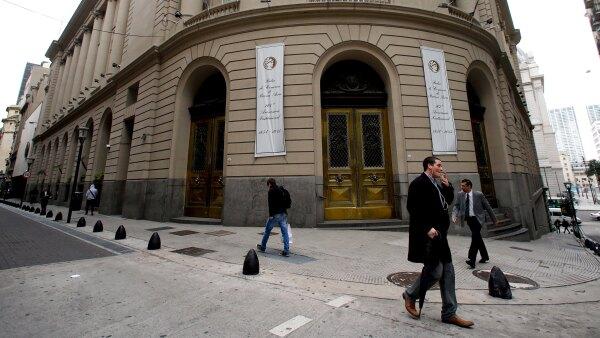 La pieza central de la emisión fue el bono a 10 años, que se lanzó por 6,500 millones de dólares, con un rendimiento de 7.5%.