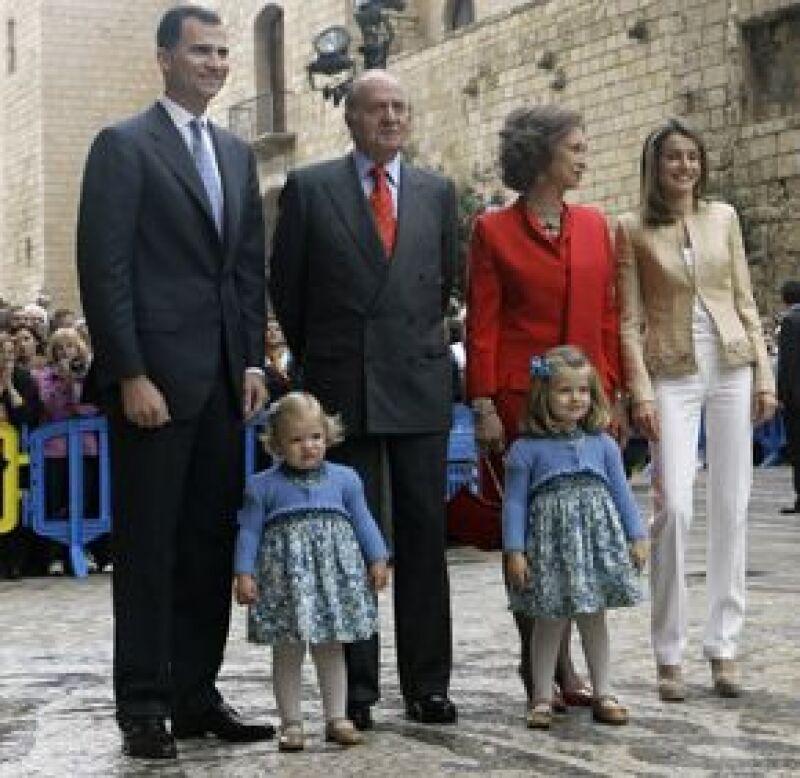 Las hijas de la princesa Letizia y Felipe de España acapararon las miradas en la Catedral de Mallorca, en donde se llevó a cabo la misa de acción de gracias.