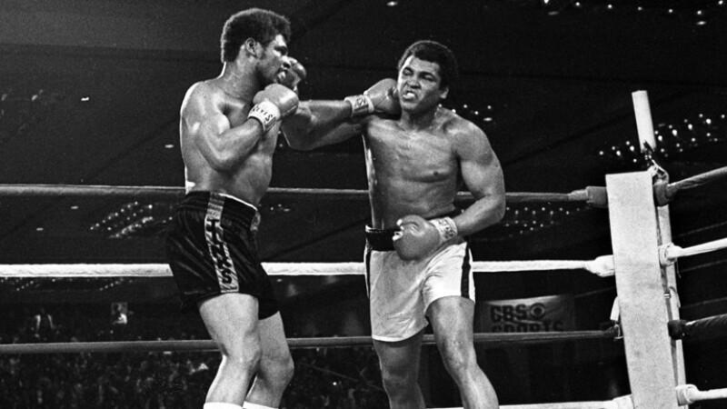 """La revista The Ring nombró el enfrentamiento de Ali contra Spinks como la """"pelea del año"""" y el round 15 de la misma como el ganador en la categoría Round del Año."""