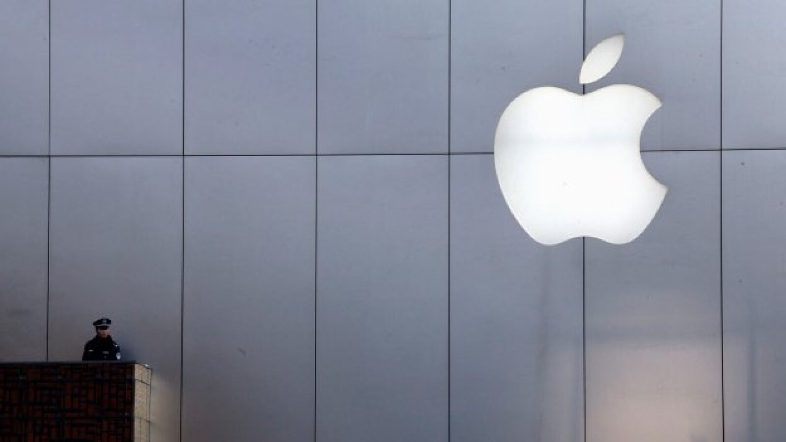 Apple-4-China-Reuters