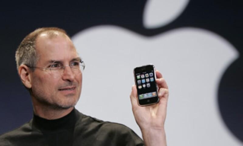 Steve Jobs estaba en contra de hacer 'tablets' más pequeñas y 'smartphones' más grandes. (Foto: Archivo)