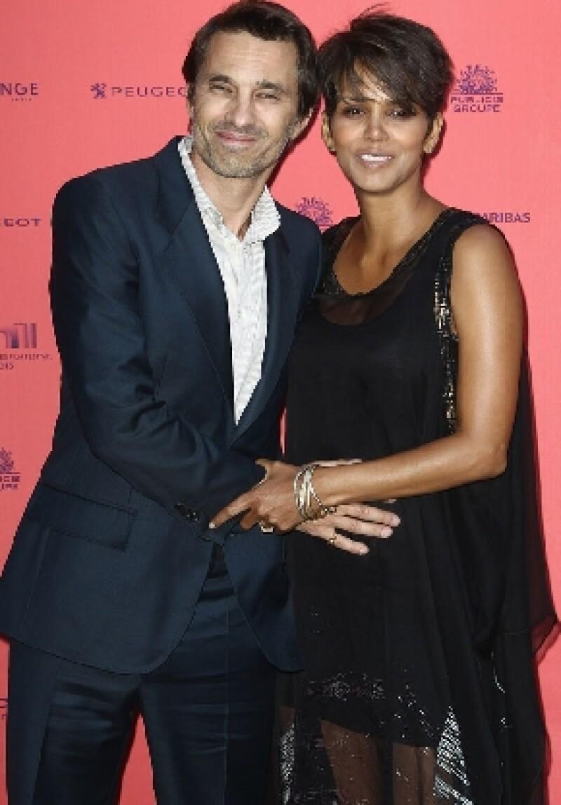 El portal E! News aseguró que la actriz llegará por tercera vez al altar este fin de semana, ahora del brazo de Olivier Martínez, con quien espera un bebé.