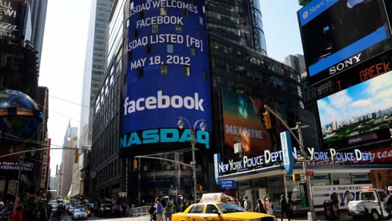 Los medios de comunicación nacionales y extranjeros están a la expectativa de si la OPI de la red social fracasará o será un éxito en el Nasdaq.