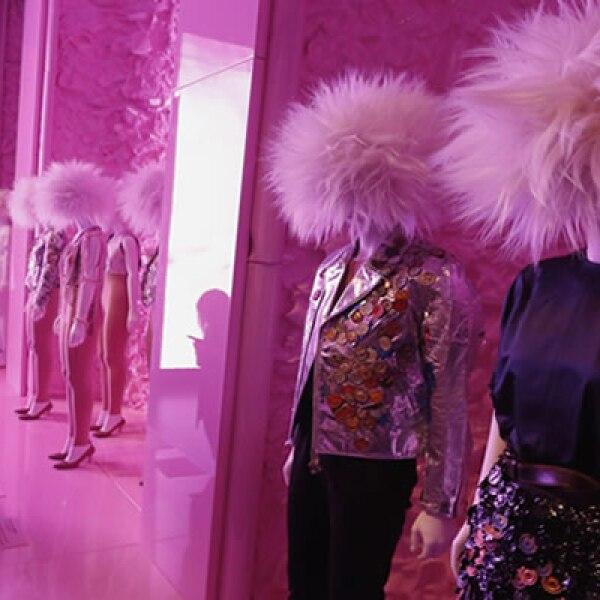 40 años después, la industria de la moda le rinde un homenaje al movimiento punk de los años 70.