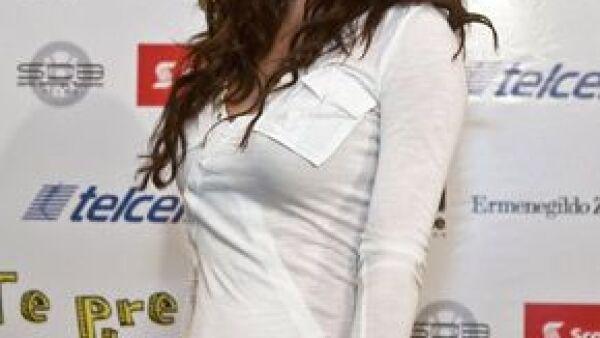 La actriz tuvo que ser atendida por un médico debido a que sufría altos niveles de stress derivados de la excesiva carga de trabajo, muchas desveladas y poco tiempo para comer.