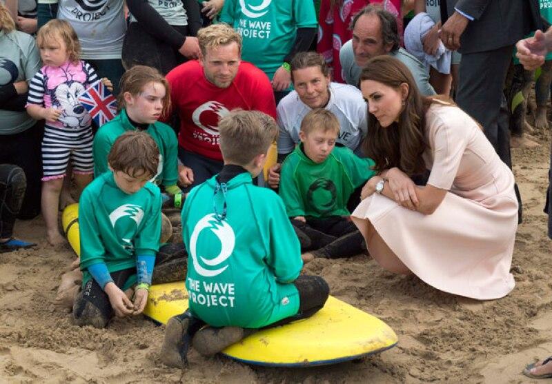 La esposa de William de Inglaterra siempre se ha distinguido por su sencillez y, durante la visita que realiza a Cornwall, platicó con un adolescente a quien reveló uno de sus secretos.