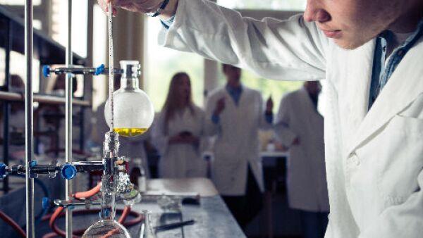 estudiante de qu�mica