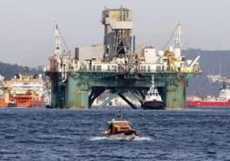 Los operadores están preocupados de que las regulaciones para las perforaciones costa afuera sean más estrictas. (Foto: Reuters)