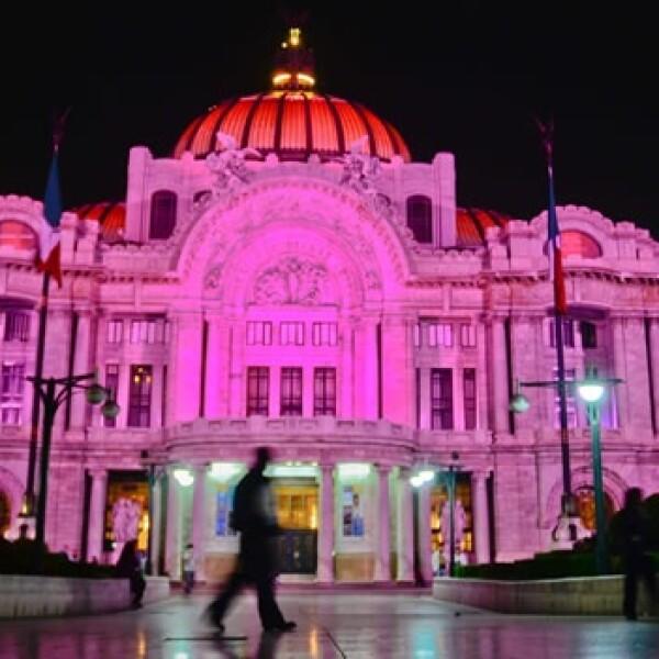 Palacio de Bellas Artes Cáncer Rosa