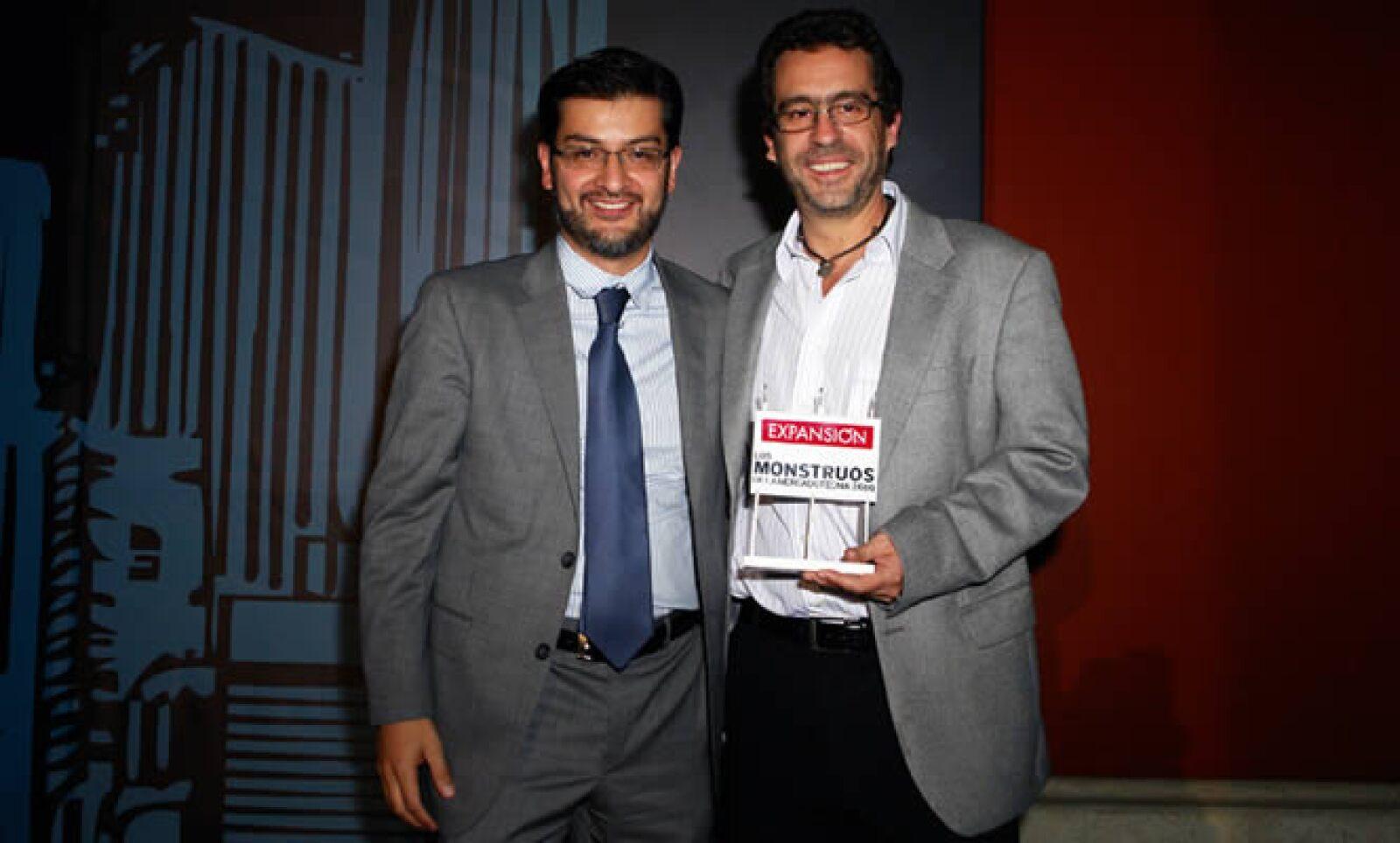 Lawrence Boro, director de mercadotecnia de Axe y Adolfo Ortega.