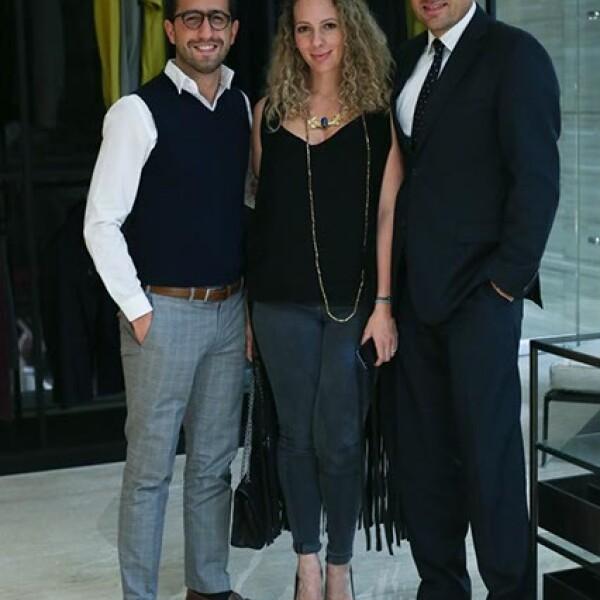 Patricio Desentis,Zarina y Manuel Rivera