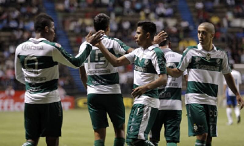 El equipo Santos Laguna pertenece a la primera división del futbol mexicano. (Foto: Cuartoscuro)