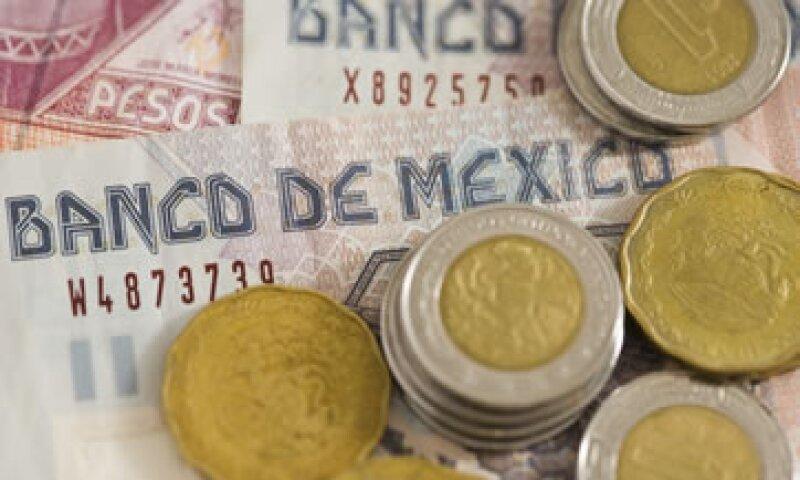 Hacienda dijo aún analiza colocar en el mercado segregados de Udibonos a 10 años.  (Foto: Getty Images)