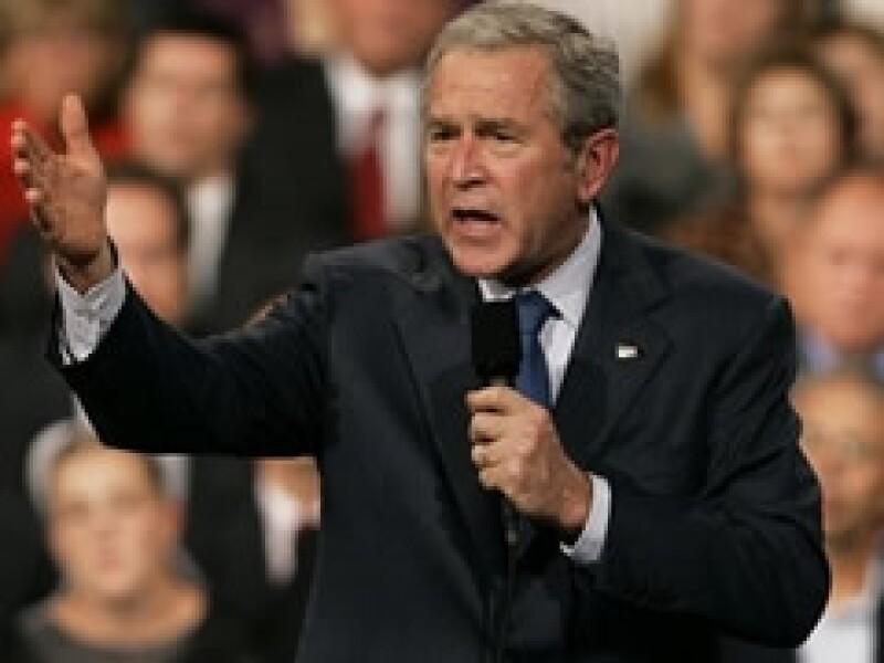 George W. Bush dejará la presidencia de EU con una aceptación pública cercana al 25%. (Foto: Archivo)