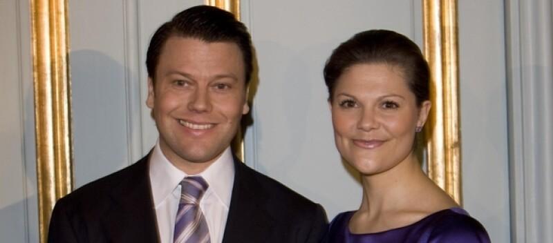 Aquí los papás. Silvia es el nombre de la madre de Victoria y Eva es el nombre de la madre de Daniel. María no es un nombre común en la familia real sueca, pero es el nombre de la princesa heredera de Dinamarca.