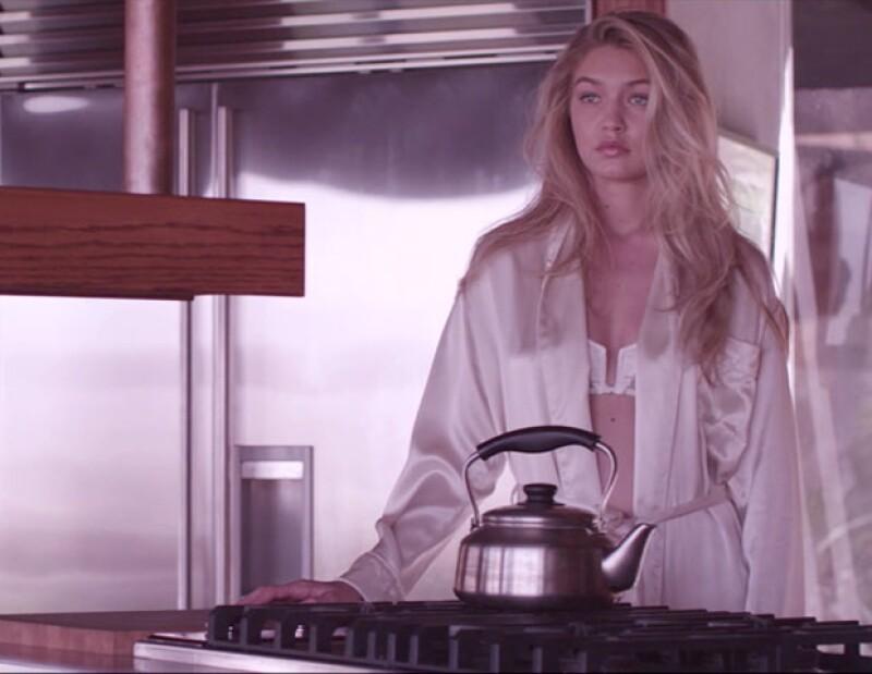 Gigi Hadid en el cortometraje de Sebastian Faena.