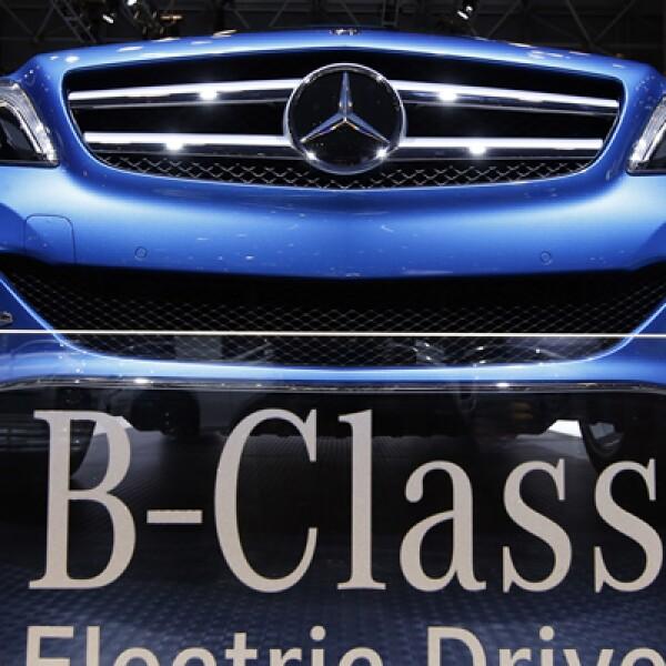 El Mercedes-Benz B Class Electric Drive es presentado en el evento, patrocinado por diversas empresas, incluso medios de comunicación como el New York Post.