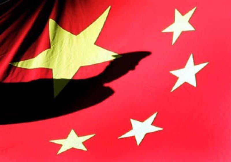 Las cifras contrastan con el déficit comercial de China de 1,020 mdd en el primer trimestre de 2011. (Foto: AP)