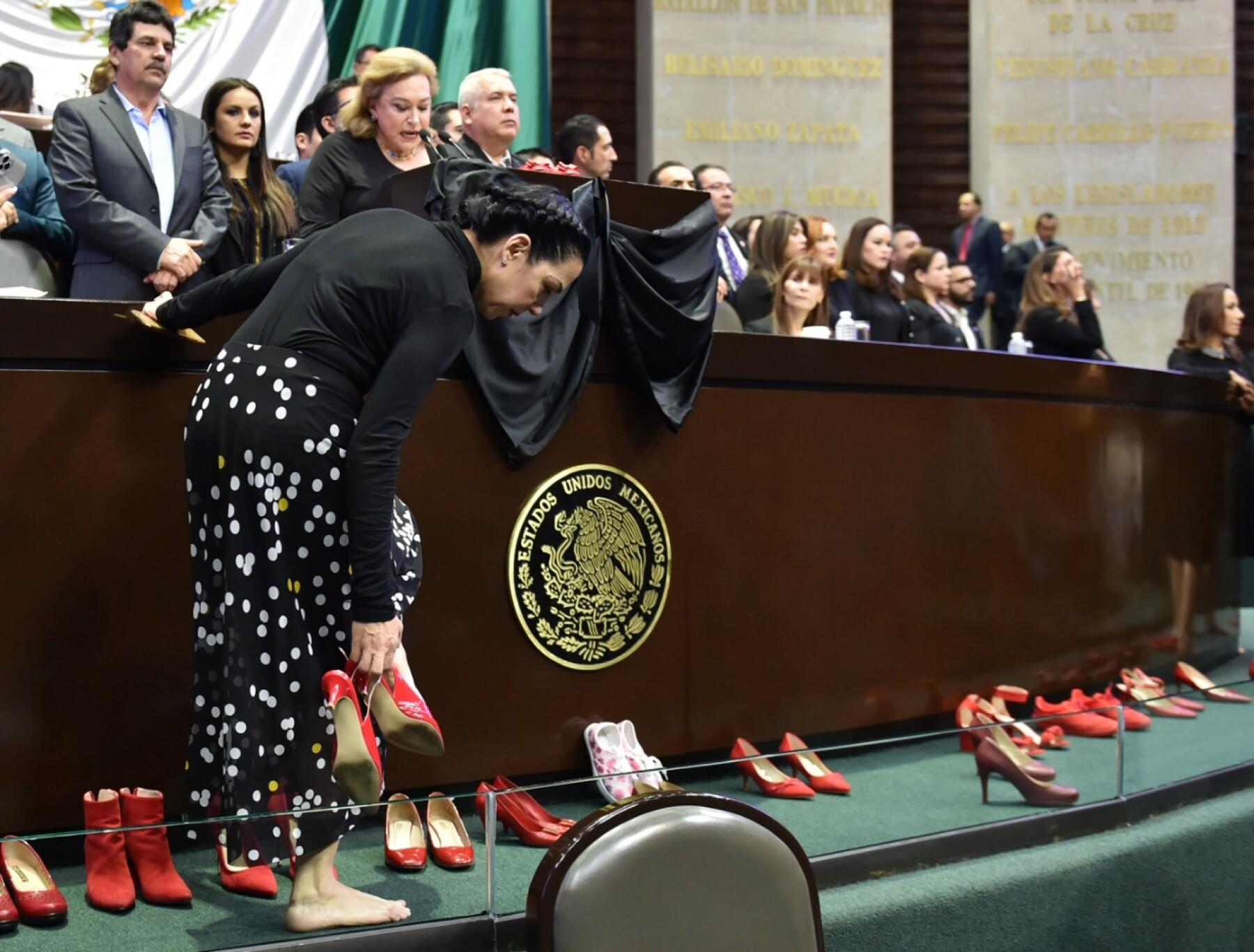 diputadas reclaman por feminicidios