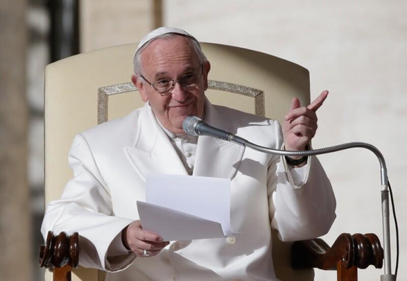 El primer Papa latinoamericano y primer jesuita asume el desafío en medio de una profunda crisis en la Iglesia, por lo que tiene una obligada vocación reformadora