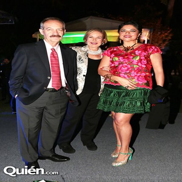 Enrique Goldbard,Guadalupe Loaeza,Alejandra Frausto