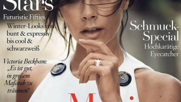 Vogue Alemania: Victoria Beckham sorprende en blanco, fotografiada por Boo George y styling por Christiane Arp.