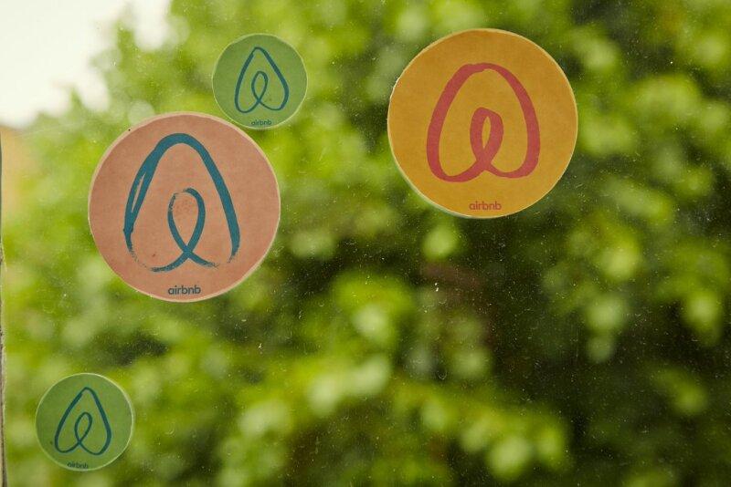 """Airbnb busca ser más que un """"hotel"""""""
