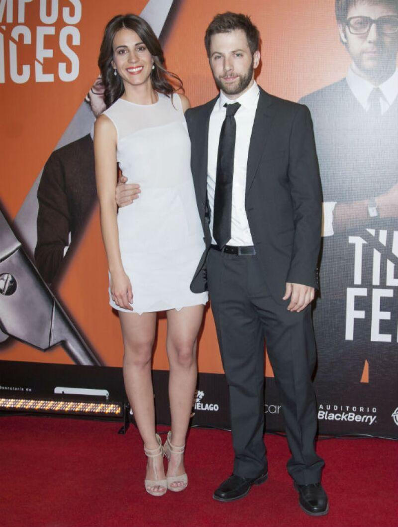 Cassandra Ciangherotti y Luis Arrieta son la pareja protagónica de Tiempos Felices.