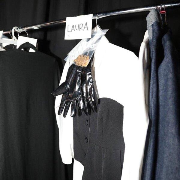 Colectivo-Diseno-Mexicano-Backstage-Alejandra-de-Coss-look-en-rack