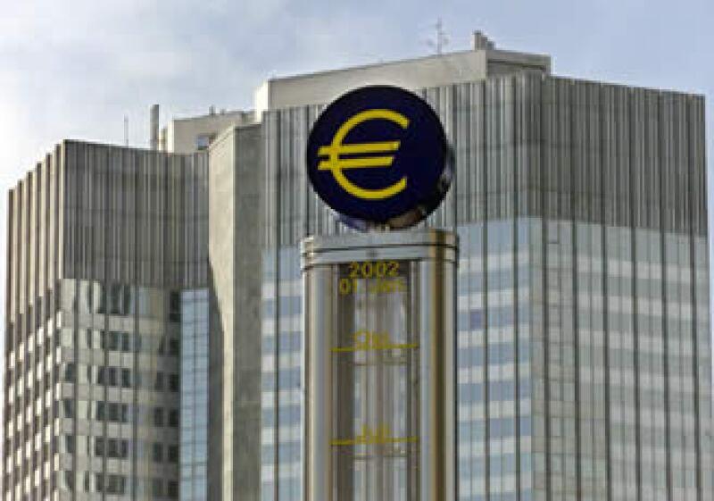 El Banco Central Europeo enfrenta el reto de rescatar a países como Grecia y Portugal para salvar la Unión Europea. (Foto: AP)