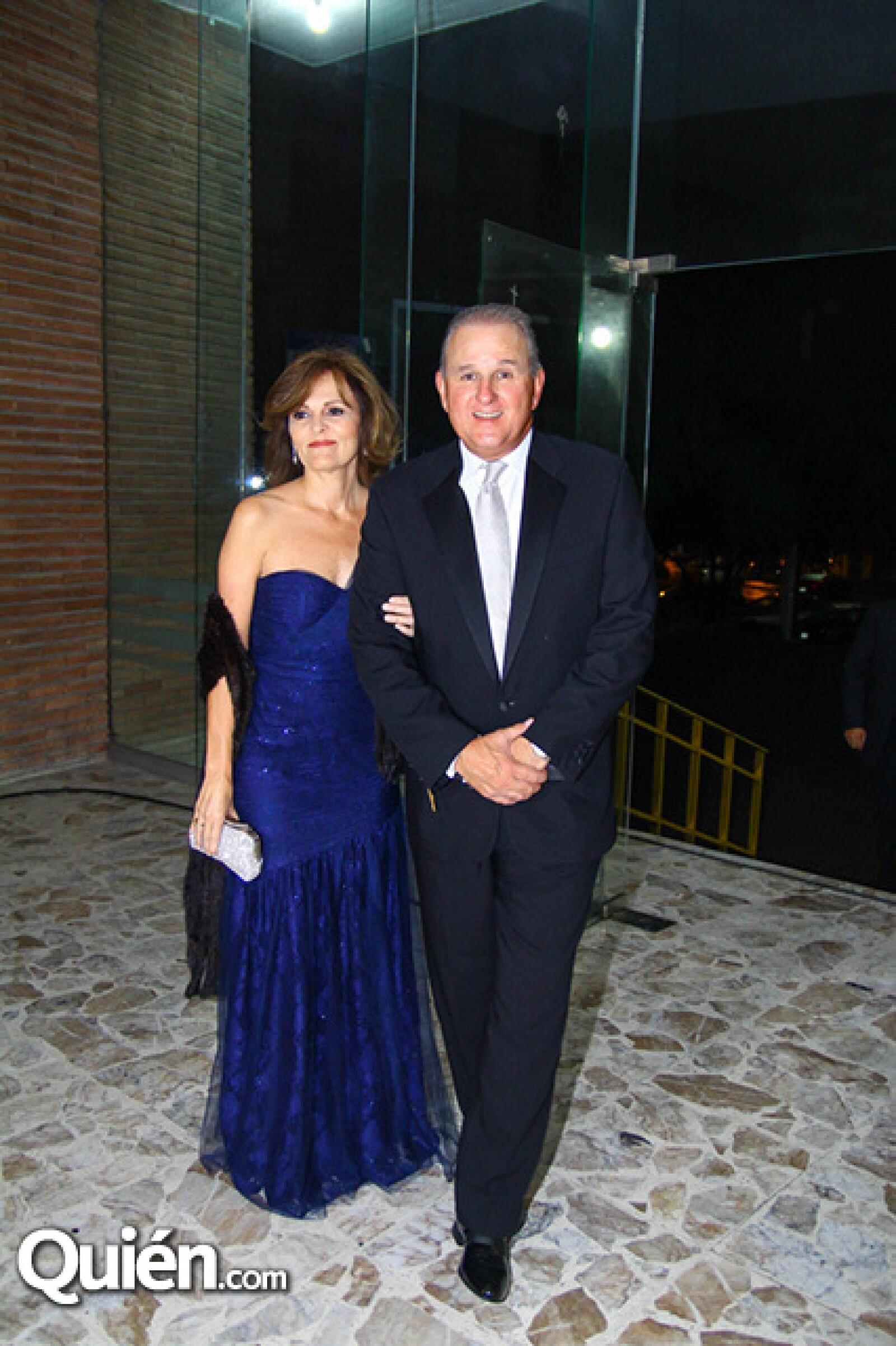 Lorena Sada de del Valle y Carlos del Valle