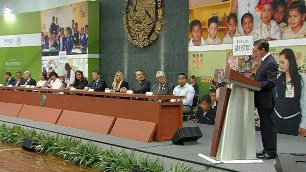 El presidente Enrique Peña Nieto resaltó que la reforma educativa no se trata, como algunos señalan, de algo punitivo.