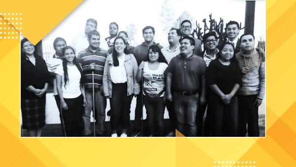 Son 16 personas las que conforman la primera generación del curso de inglés para personas ciegas y de baja visión de la FES Aragón.