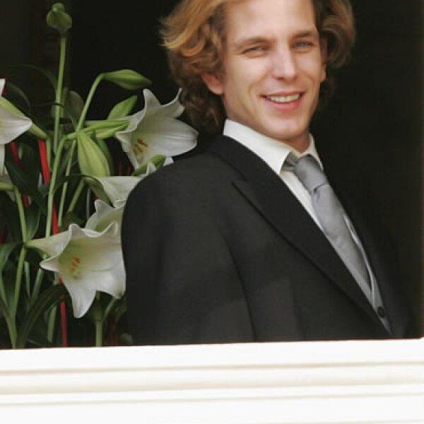 Con sus looks y estilo, muchos dicen que él es el nuevo Prince Charming de la realeza europea.
