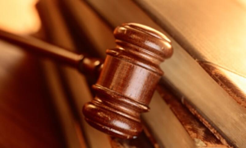 El mandamiento judicial es por su probable responsabilidad en los delitos contra la administración de justicia, ejercicio indebido del servicio público y falsedad en declaraciones judiciales. (Foto: Thinkstock)