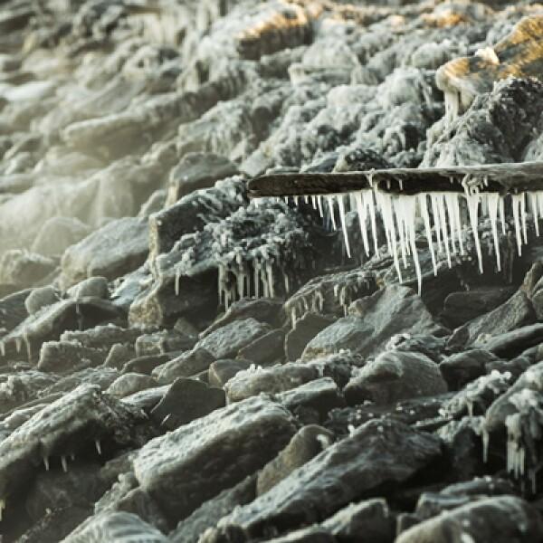 Los termómetros de Nueva York registraron este martes 14 grados centígrados bajo cero, la menor temperatura registrada en esta ciudad desde hace 118 años para un 7 de enero. Los vientos helados provocan una sensación de -30 grados.
